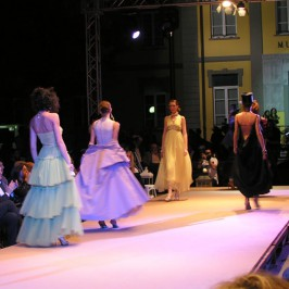 Eventi ADV: Sfilate TV moda, Forte dei Marmi